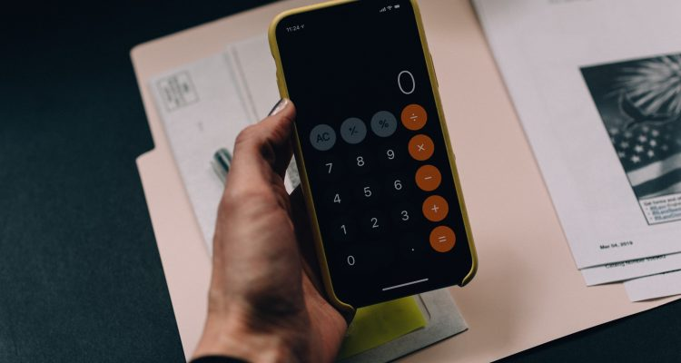 Smart phone calculator